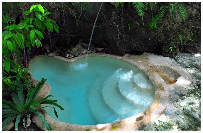 esoy-hot-spring-catmon