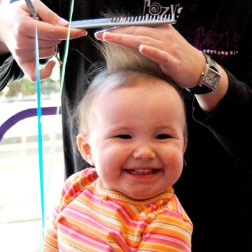 Timing a Child's First Hair Cut