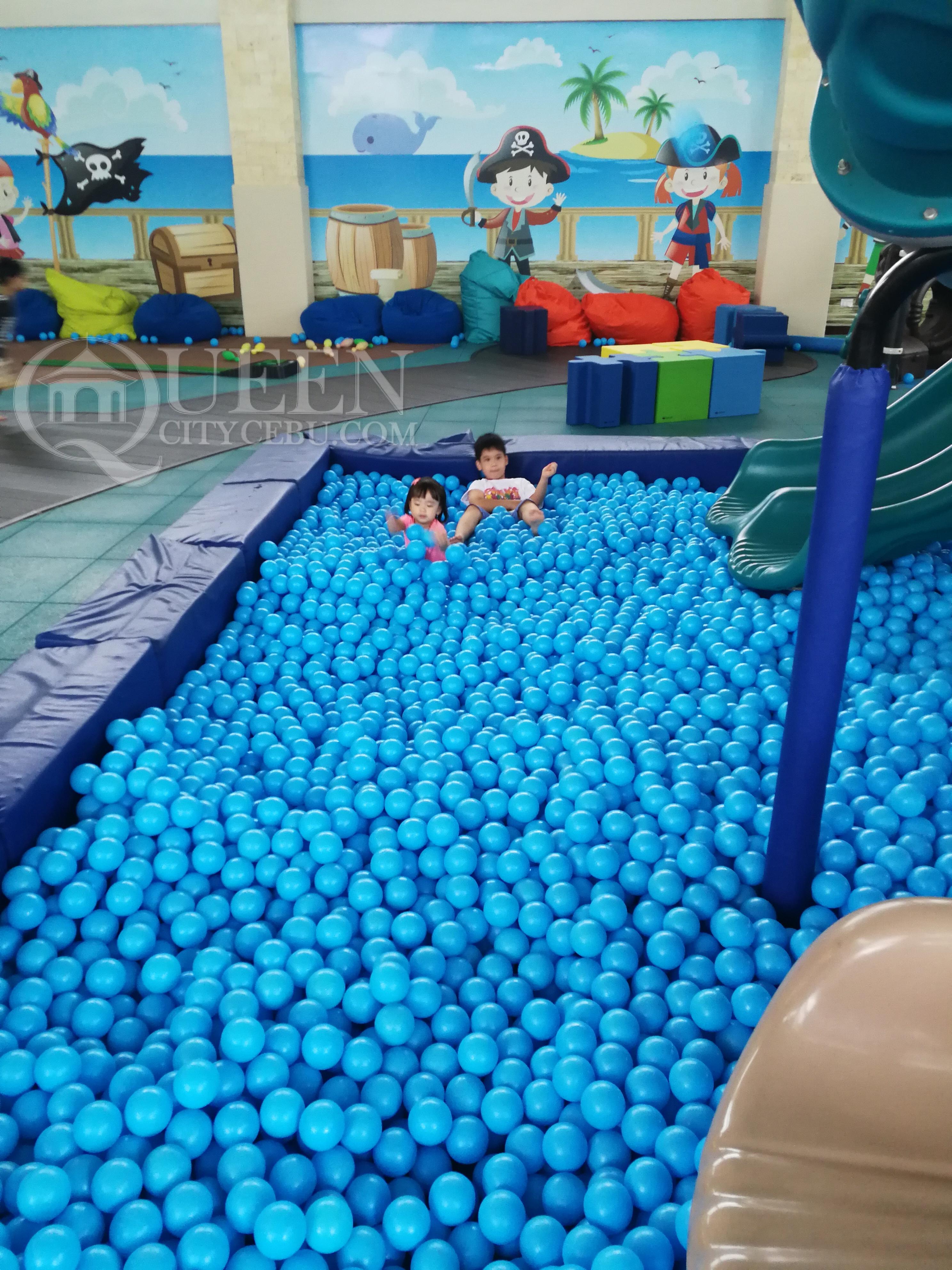 Crimson Resort's Crimzone Swimball Pool