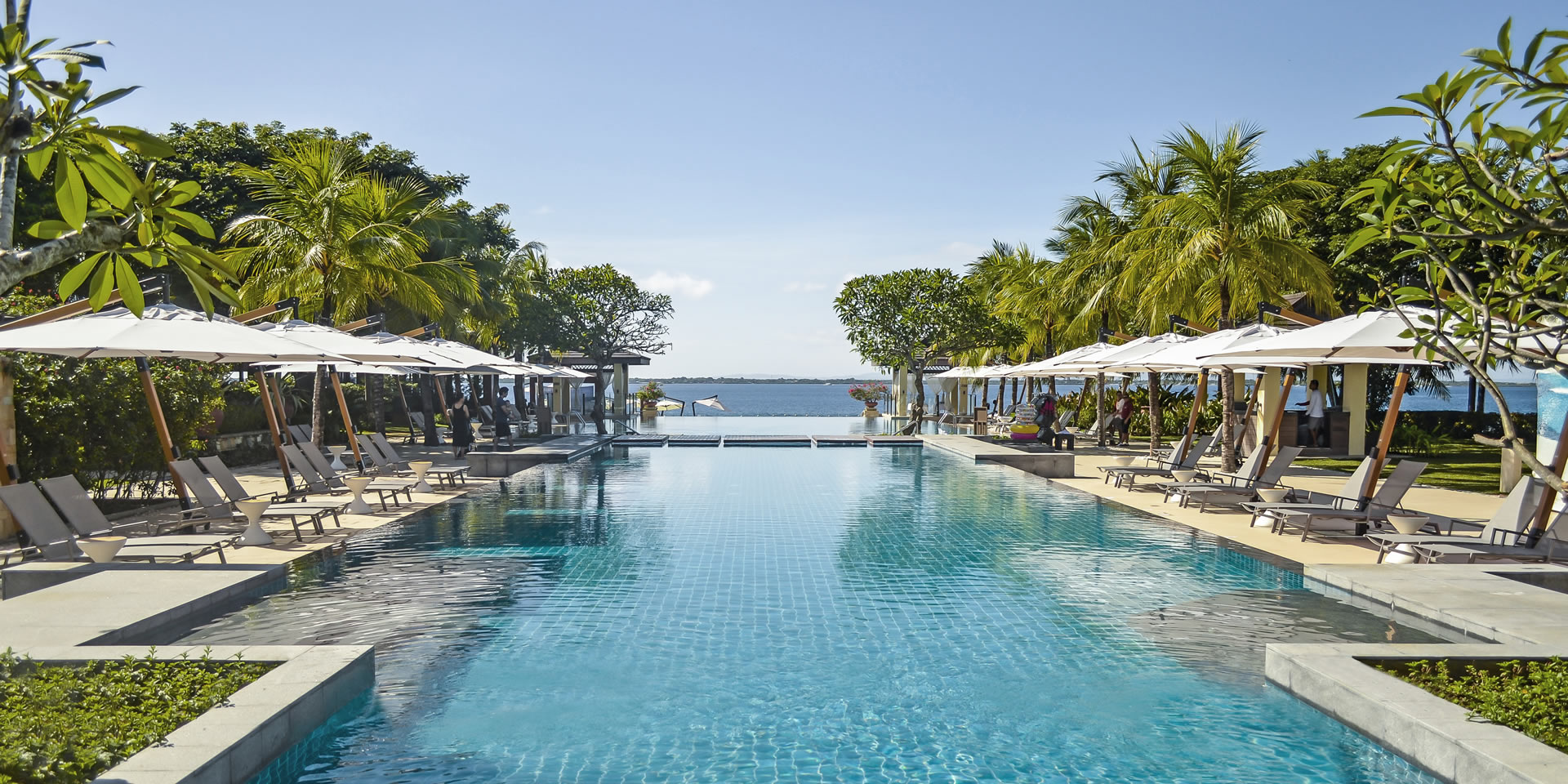 crimson resort mactan pool