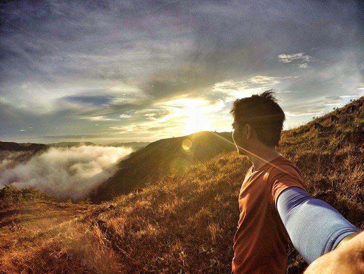Mt. Hambuboyog, Ginatilan | Photo by Raymon Mackay