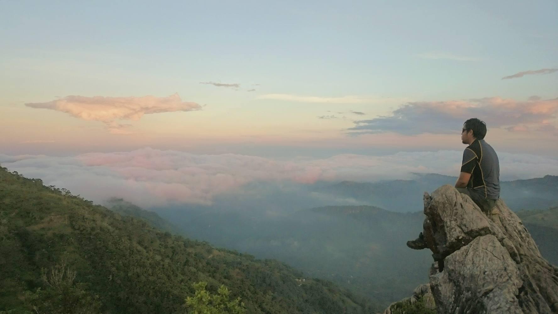 Manunggal Peak, Balamban | Photo by Mikoy Asis Ruiz
