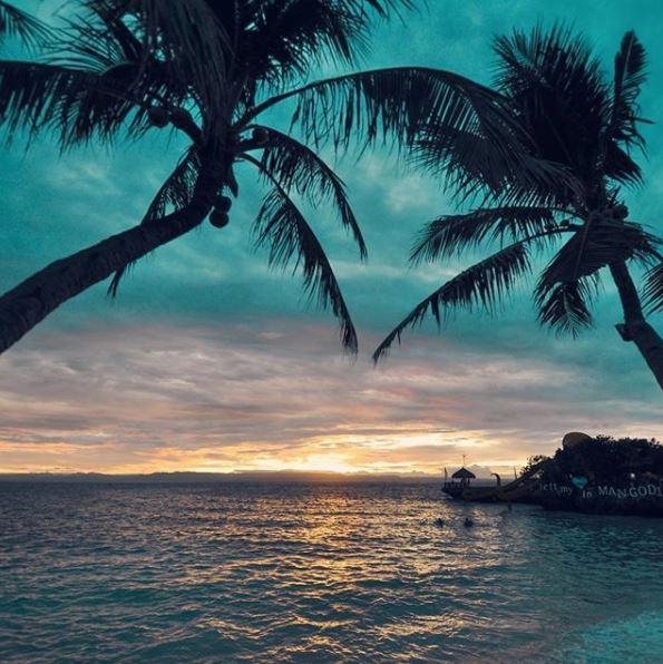 Mangadlong Beach, Camotes | Photo by The Libotero