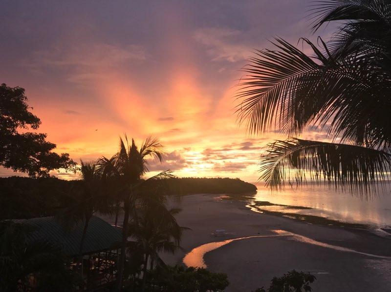 Santiago Bay Sunrise, Camotes Island | Photo by Sanny Pangatungan Steven