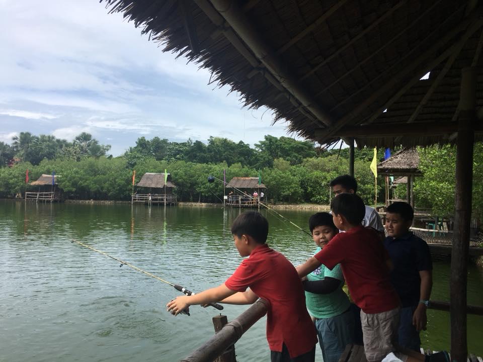 Fishing in Papa Kit's, Liloan