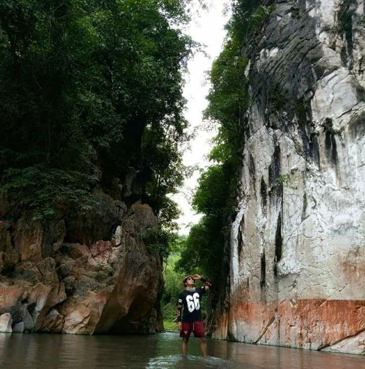 Marmol Cliff, Tuburan | Photo by Reymund Mejica Requina