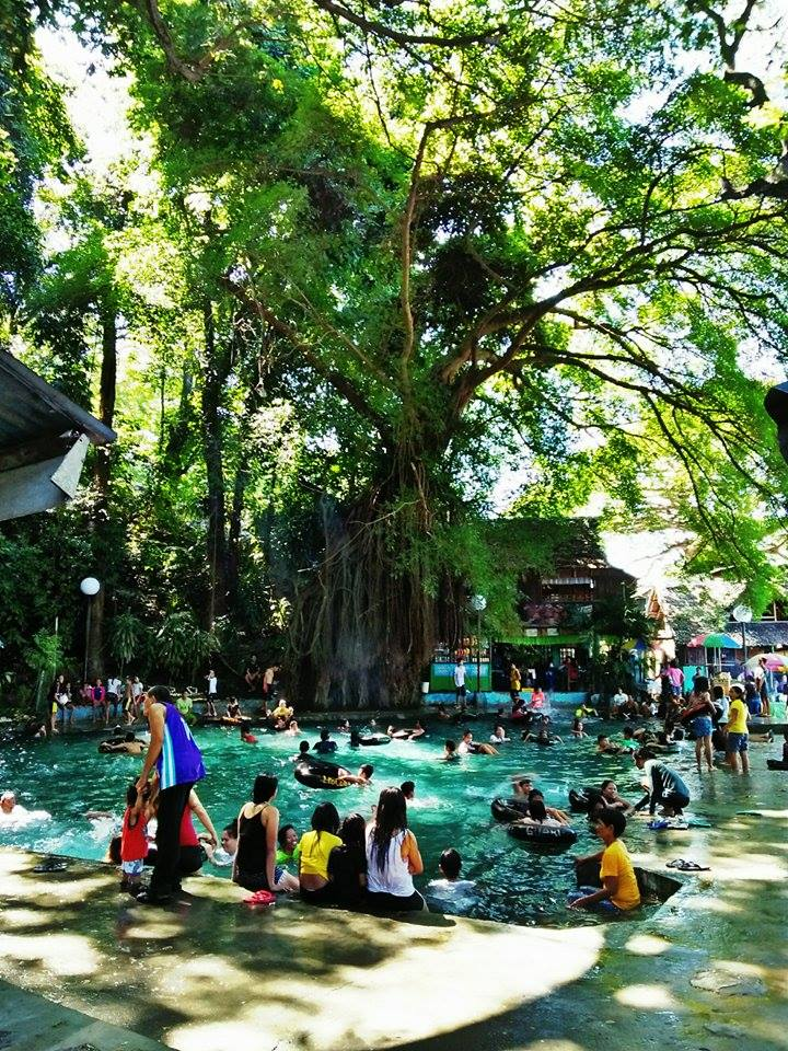 Molobolo Spring, Tuburan | Photo by Jeanyoong Chiing