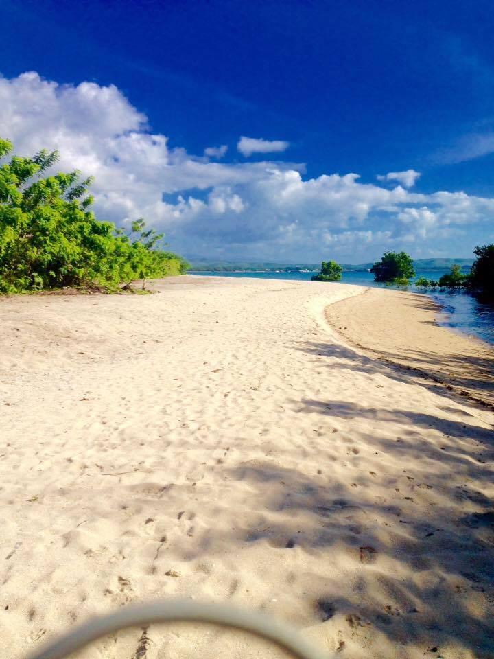 Vidar Beach Resort, Tuburan | Photo by Erika Monterroyo Santoya