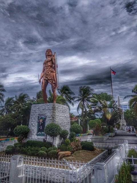 Mactan Shrine | Photo by Ruel Perez Mahusay