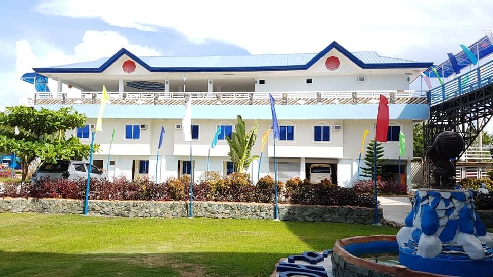 Emelia Hotel and Beach Resort