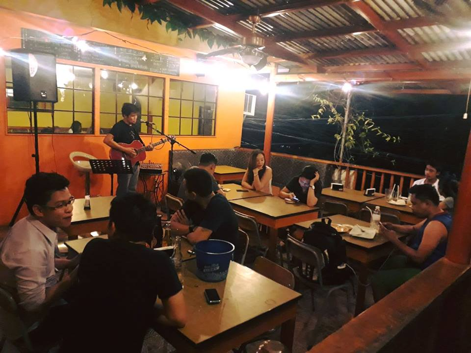 Iñigo's Resto & Grill