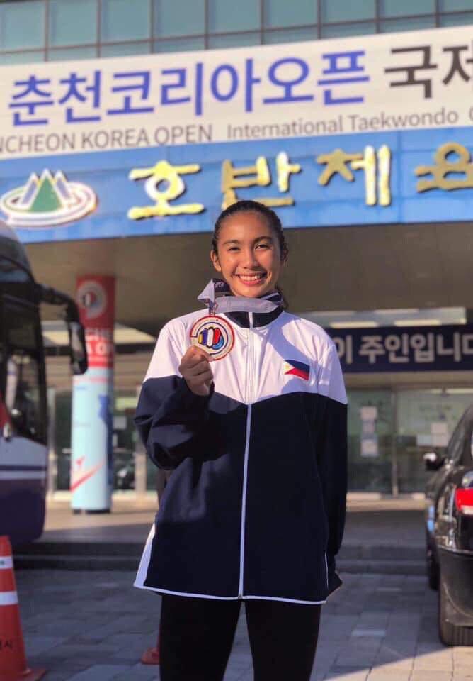 Nica Garces Cebuana silver medalist in Koreea Open Taekwondo Championship